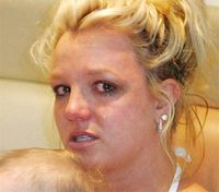Britney-spears-crying.jpg