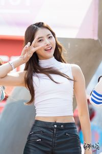 Im Nayoung Wallpaper HD (Fingertip 2).jpg