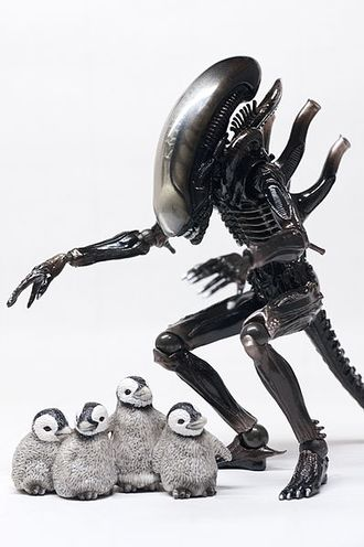 Revoltech alien figurine (4) - are you hungry.jpg